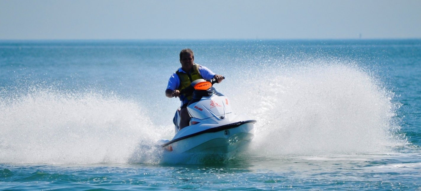 Adrenalin Fiji_Jet Ski on the Course_solo rider silhouette_2