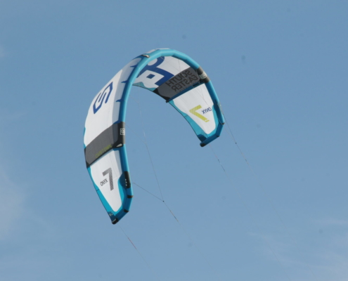 South Easter Kitesurfing - Made In Cape TOwn